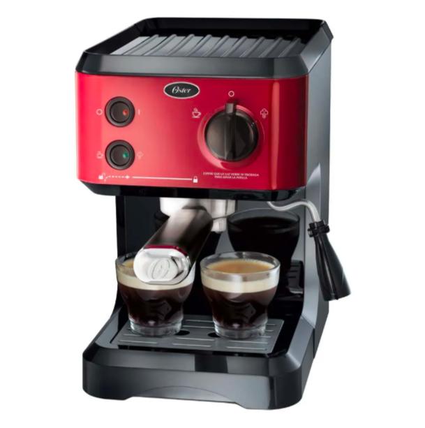 Cafetera Oster roja para espresso y capuccino de 19 bares